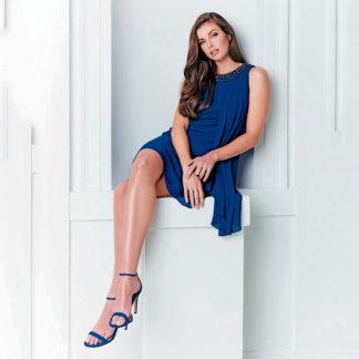 vestido evase con cuello de pedreria en color azul klein