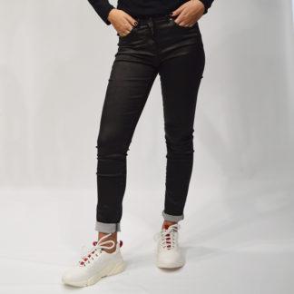 jeans negro entallado resinado brillante jocavi
