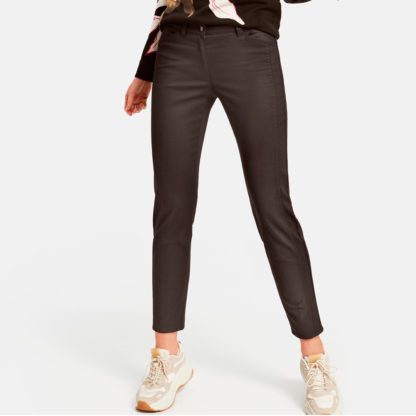 Pantalon resinado elastico marron gerry weber