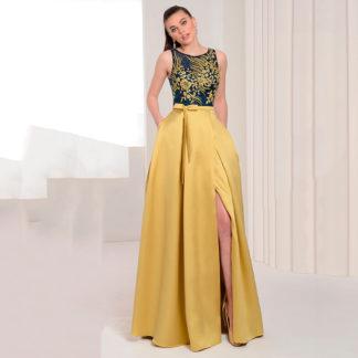 Vestido de fiesta cuerpo de encaje bordado y falda satén Koton.
