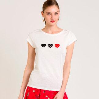Camiseta corazones de terciopelo Naf Naf