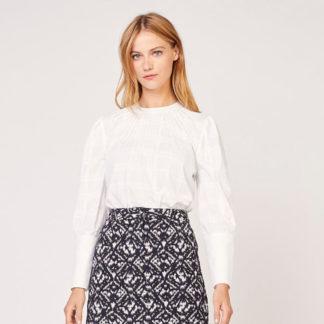 Blusa blanca mangas abullonadas con vainica Kookaï