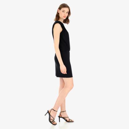Vestido-negro punto-seda-hombreras-Imperial