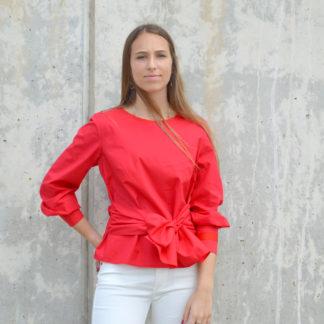 Blusa roja con fajin anudado de Javier Simorra