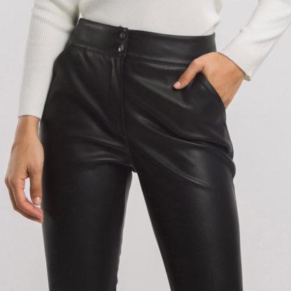 Pantalón tobillero efecto piel Alba Conde