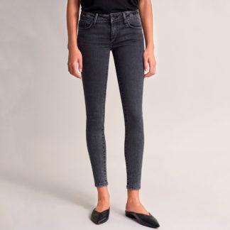 Tejanos push up wonder skinny con bordado en la cintura de Salsa Jeans