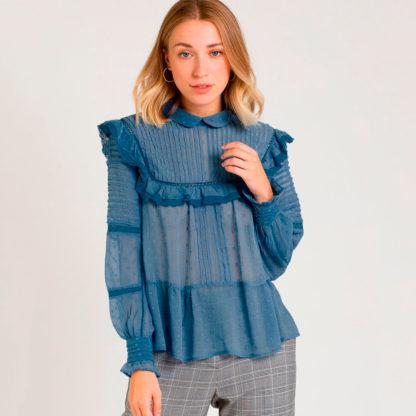 Camisa romántica azul