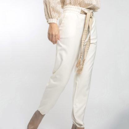 Pantalón jogger crudo con cordón en contraste Alba Conde