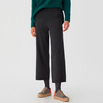 pantalón de punto con bolsillos parche Nice Things