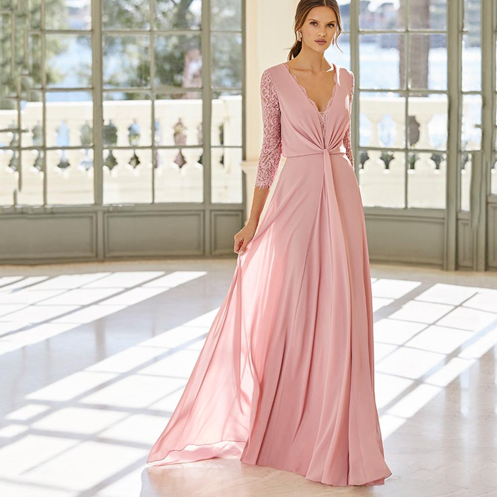 Vestido de fiesta largo rosa con mangas de encaje Aire Barcelona