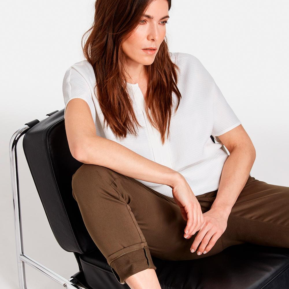 Blusa blanca bimaterial de Gerry Weber en gus gus boutique