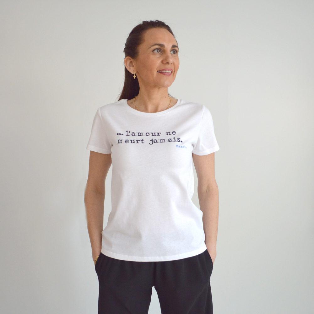 Camiseta algodón orgánico con mensaje la fee maraboutee en gus gus boutique