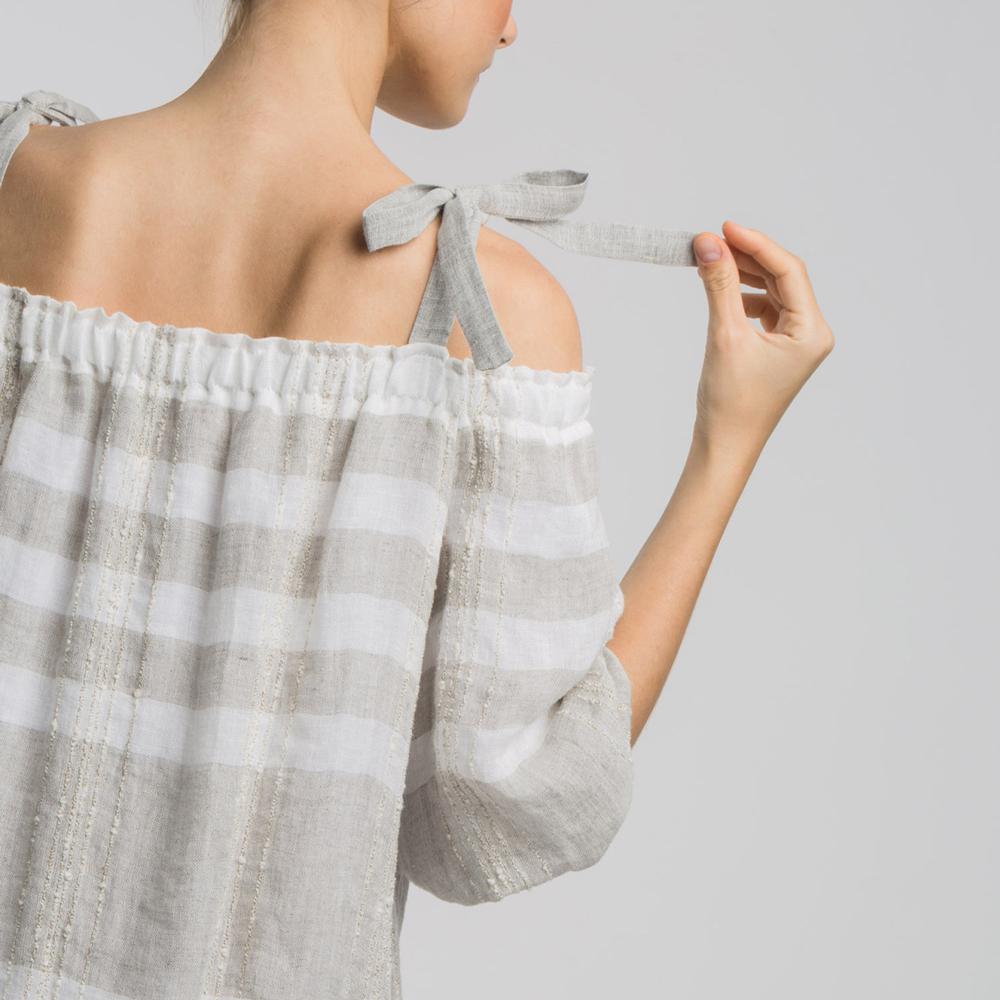 Vestido rústico escote Bardot Alba Conde