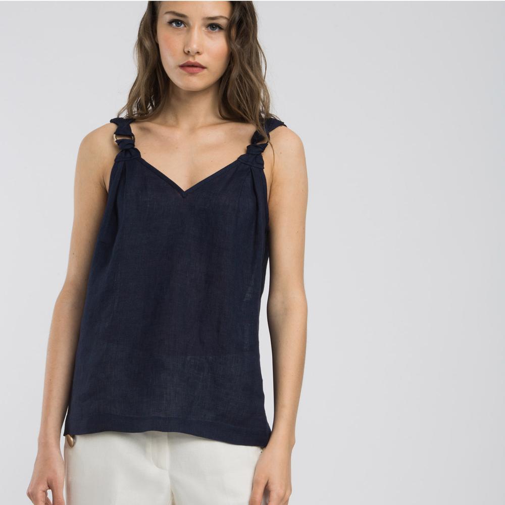 Top escote de pico azul marino Alba Conde en gus gus boutique