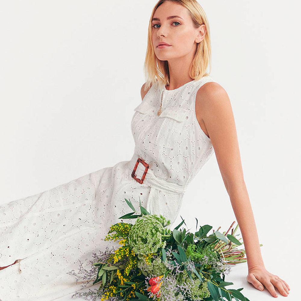 Vestido blanco midi bordado suizo Javier Simorra en gus gus boutique