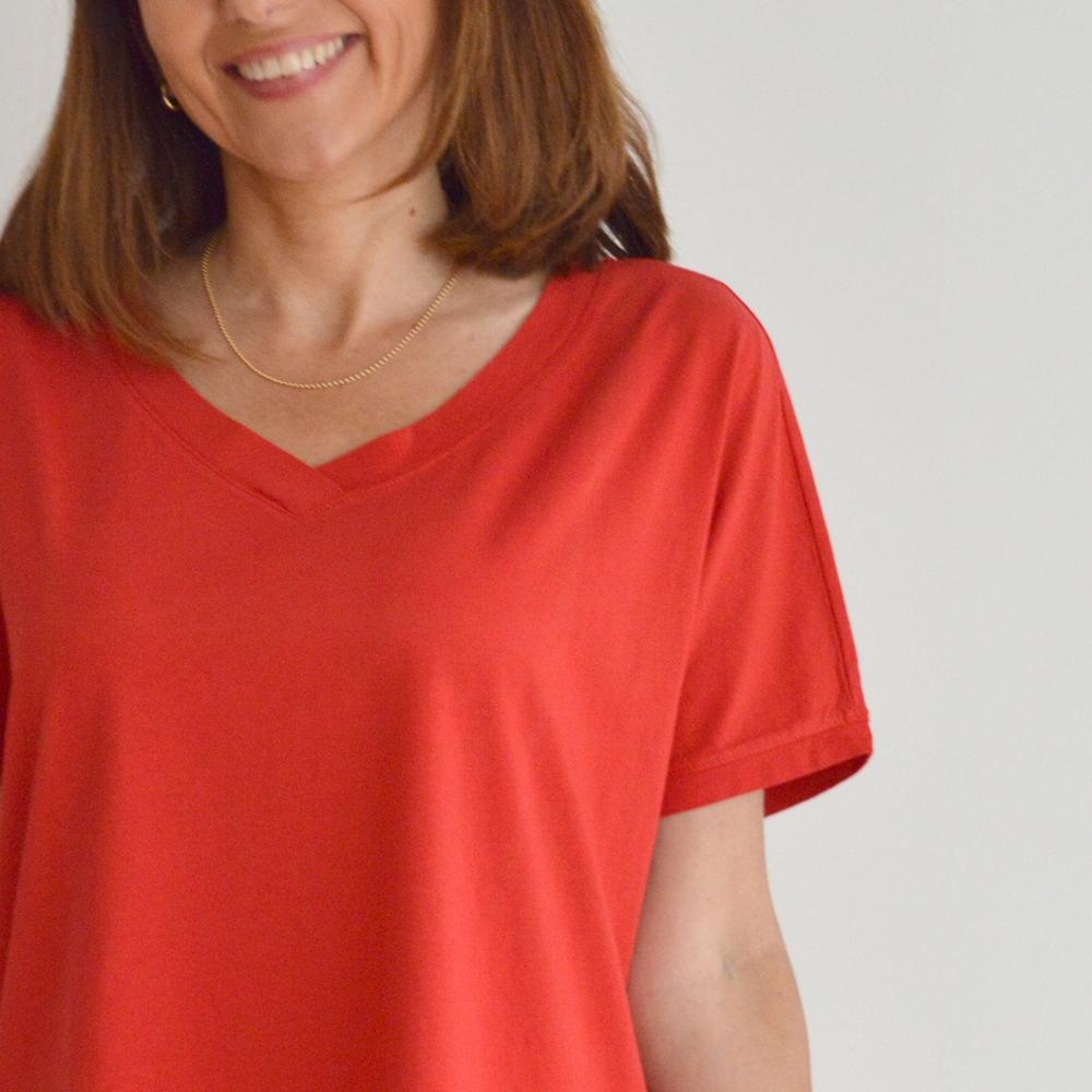 Camiseta manga corta y escote pico Etici Italy en gus gus boutique
