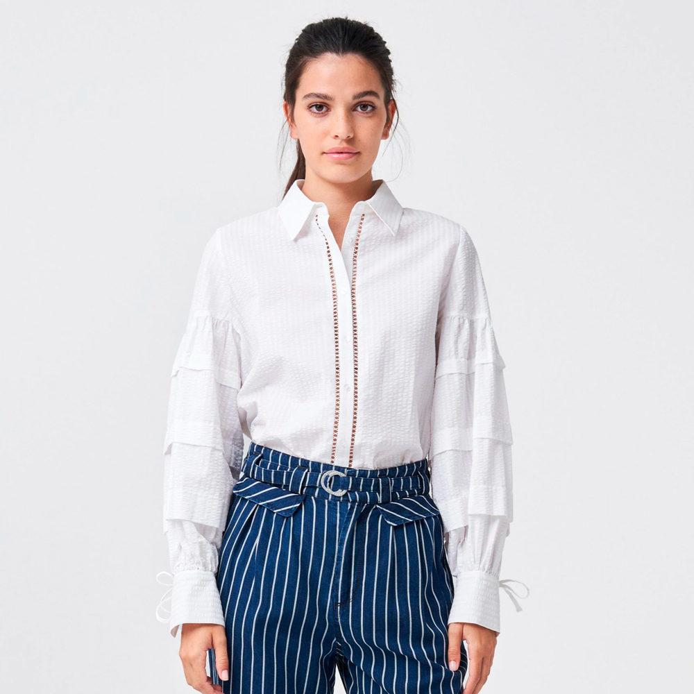 Camisa blanca con mangas volumen Salsa Jeans en gus gus boutique