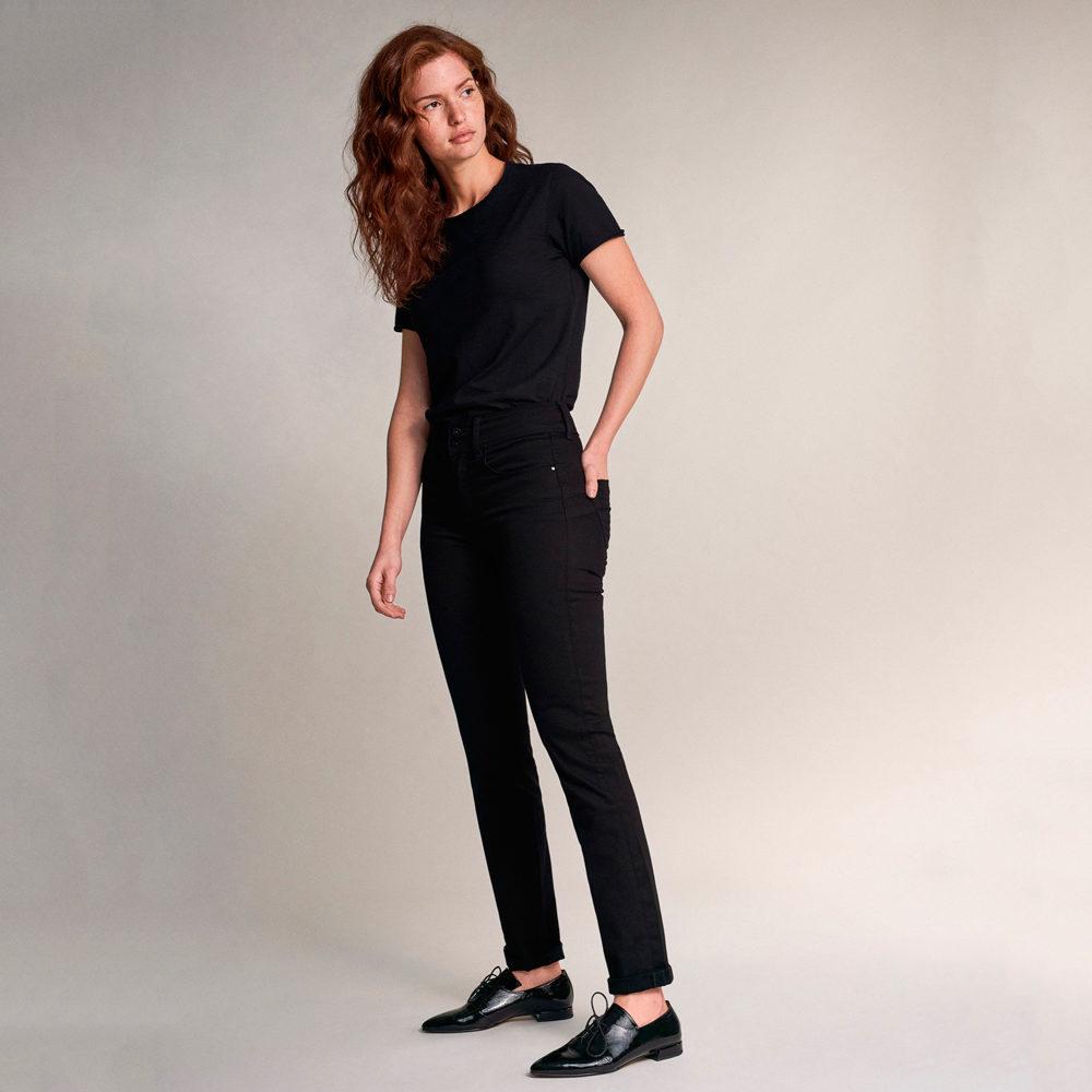 Vaqueros Push In Secret slim true black Salsa Jeans en gus gus boutique